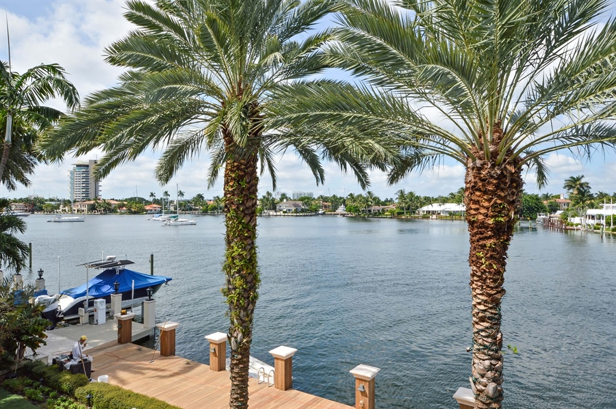 Real Estate Photography - 1301 E Lake Dr, Fort Lauderdale, FL, 33316 - City View
