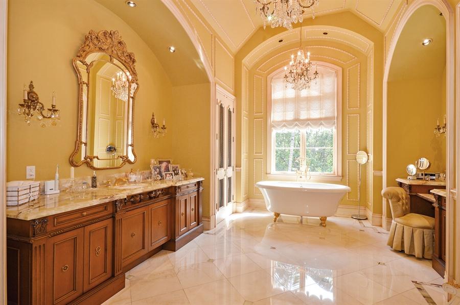 Real Estate Photography - 1301 E Lake Dr, Fort Lauderdale, FL, 33316 - Master Bathroom