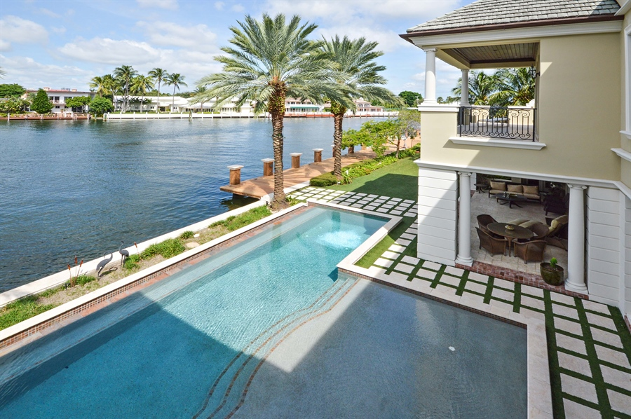 Real Estate Photography - 1301 E Lake Dr, Fort Lauderdale, FL, 33316 - Intracoastal View