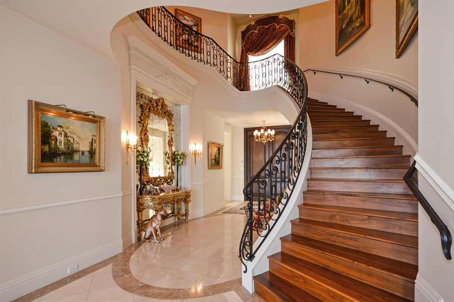 Real Estate Photography - 1301 E Lake Dr, Fort Lauderdale, FL, 33316 - Foyer