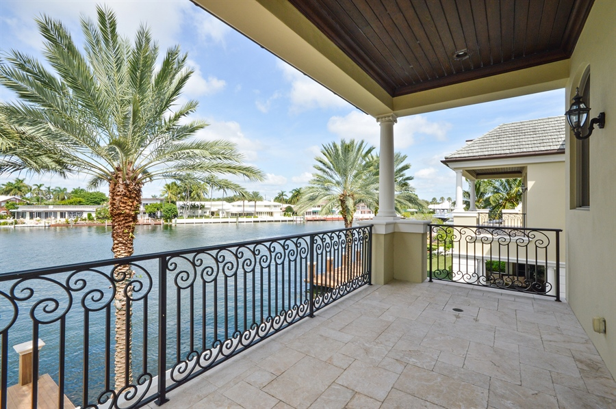 Real Estate Photography - 1301 E Lake Dr, Fort Lauderdale, FL, 33316 - Balcony