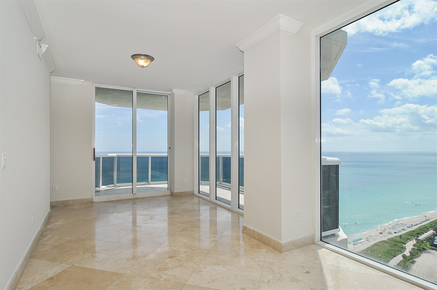 Real Estate Photography - 4775 Collins Ave, Unit 3103, Miami, FL, 33140 - Dining Room