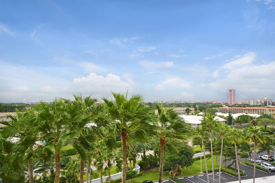 Real Estate Photography - 1400 S Ocean Blvd, N706, Boca Raton, FL, 33432 - City View