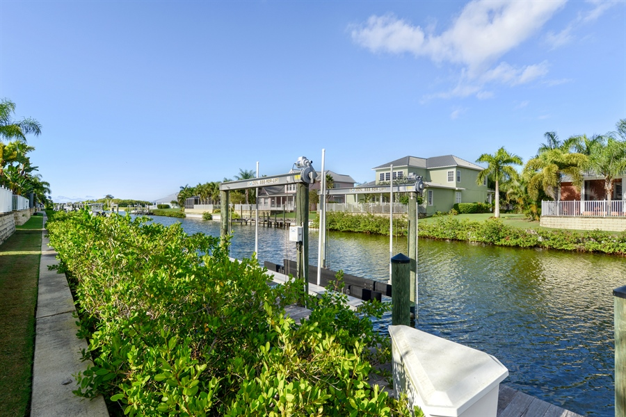 Real Estate Photography - 615 Balibay Rd, Apollo Beach, FL, 33572 - Canal View