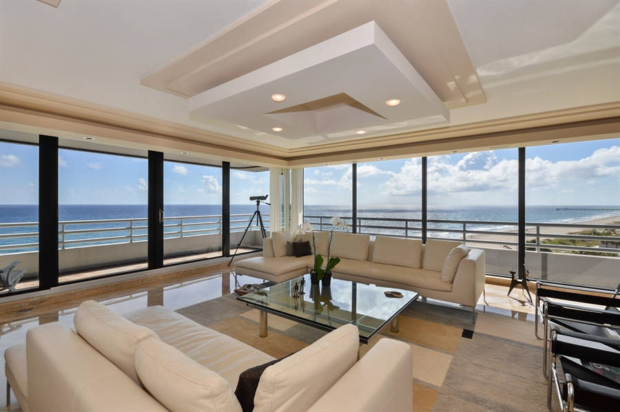 Real Estate Photography - 1500 S Ocean Blvd, Unit S706, Boca Raton, FL, 33432 - Living Room