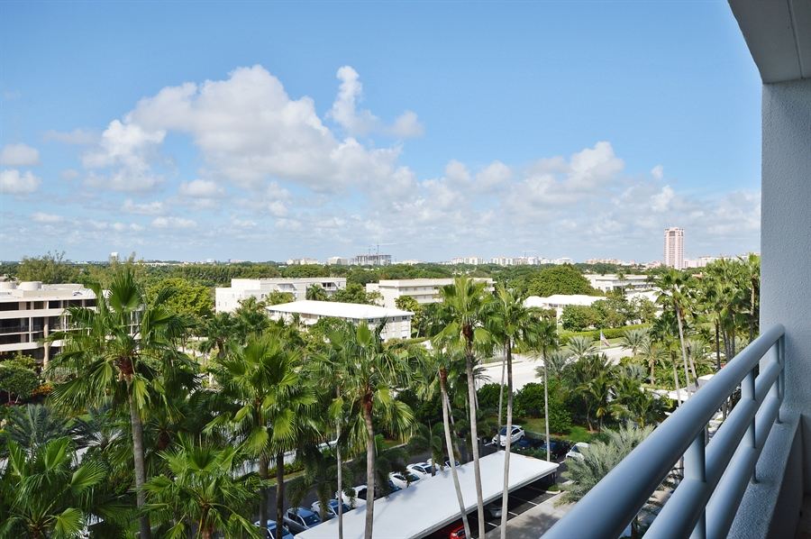 Real Estate Photography - 1500 S Ocean Blvd, Unit S706, Boca Raton, FL, 33432 - City View