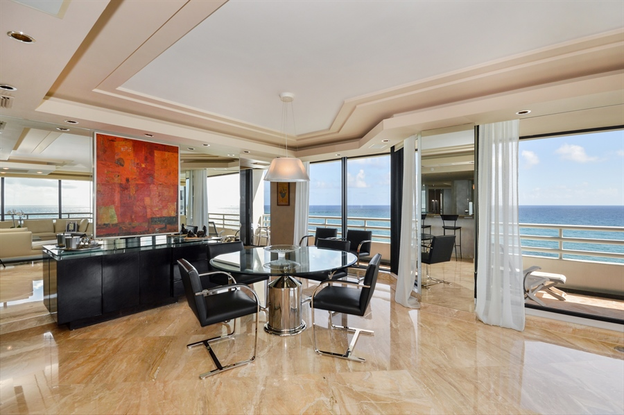 Real Estate Photography - 1500 S Ocean Blvd, Unit S706, Boca Raton, FL, 33432 - Dining Room