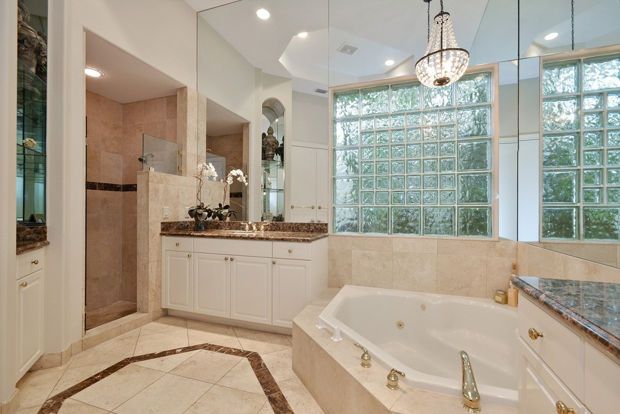 Real Estate Photography - 7061 Mallorca Crescent, Boca Raton, FL, 33433 - Master Bathroom