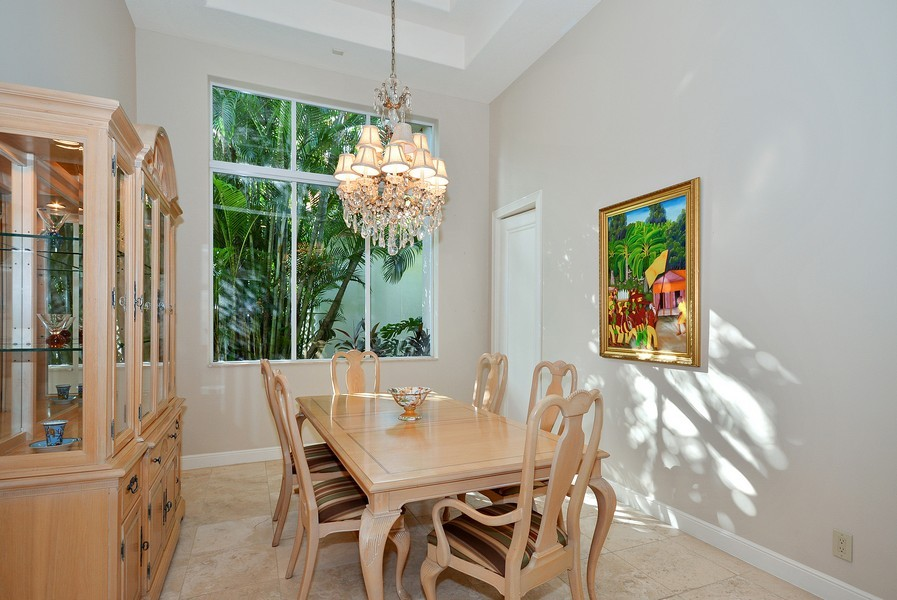 Real Estate Photography - 7061 Mallorca Crescent, Boca Raton, FL, 33433 - Dining Room