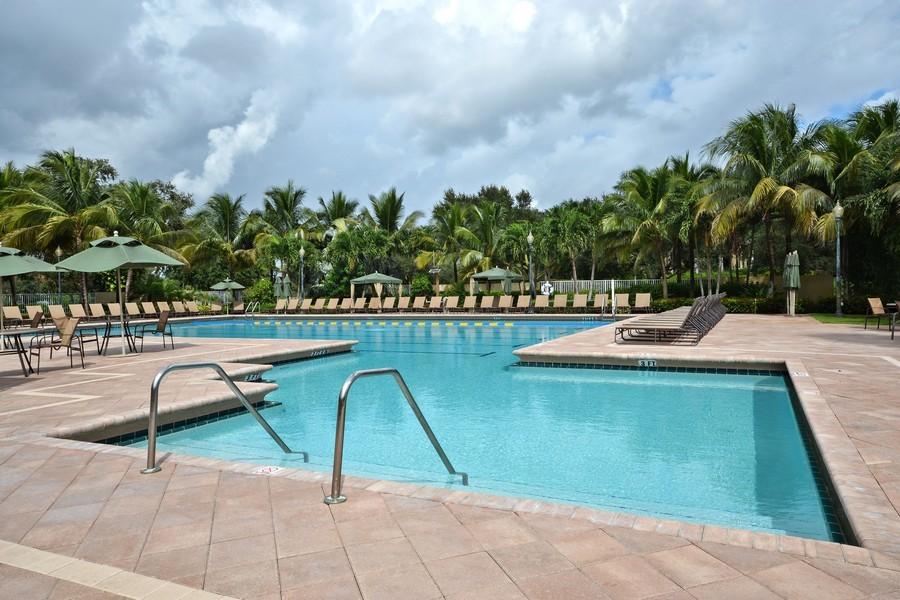 Real Estate Photography - 7061 Mallorca Crescent, Boca Raton, FL, 33433 -