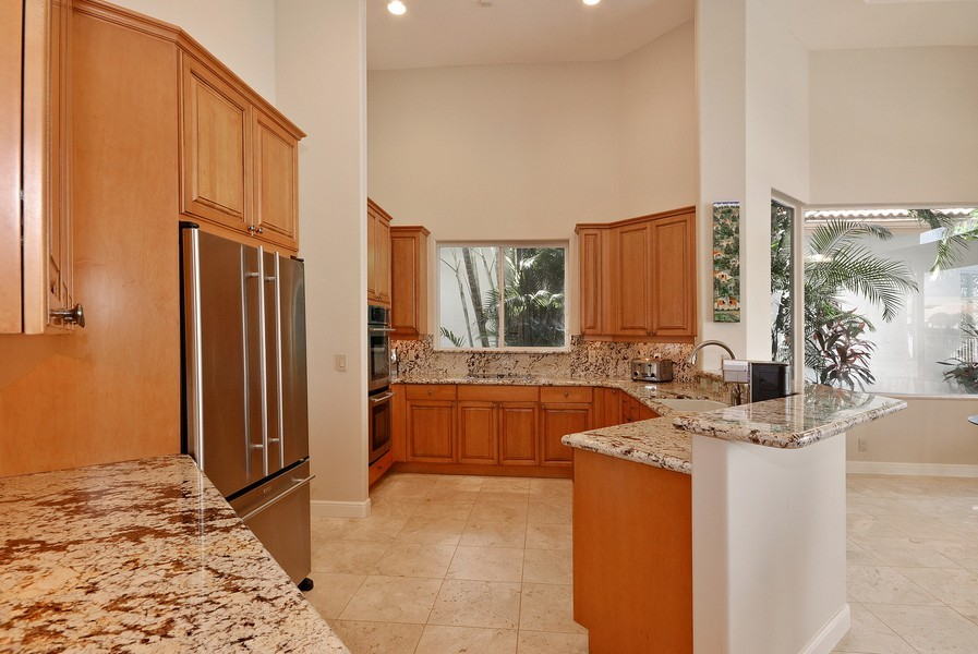 Real Estate Photography - 7061 Mallorca Crescent, Boca Raton, FL, 33433 - Kitchen