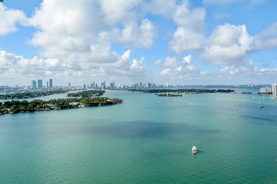 Real Estate Photography - 650 West Ave, Apt 2812, Miami Beach, FL, 33139 - West View
