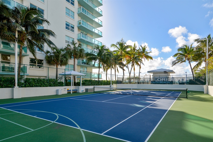 Real Estate Photography - 650 West Ave, Apt 2812, Miami Beach, FL, 33139 - Tennis Court