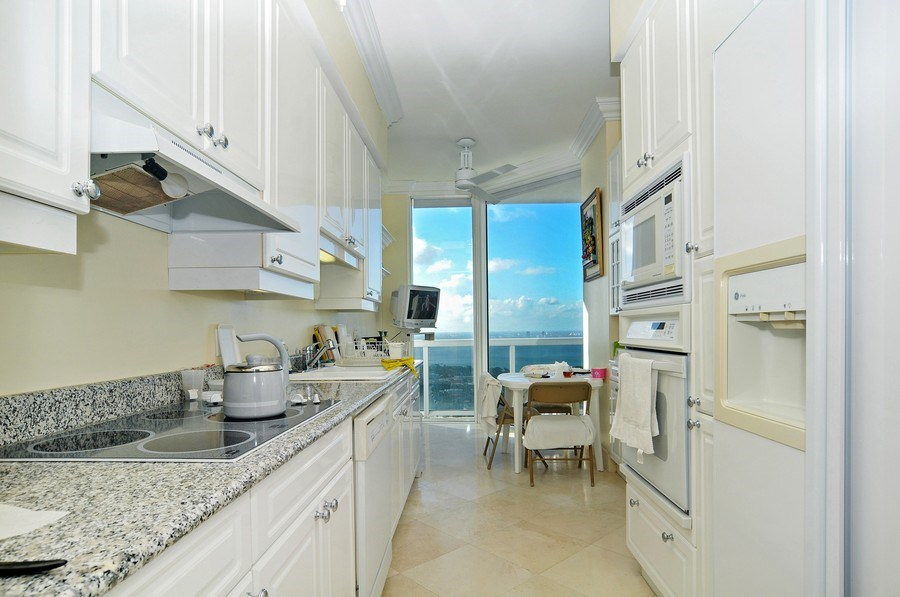 Real Estate Photography - 4779 Collins Ave, Unit 4207, Miami Beach, FL, 33140 - Kitchen / Breakfast Room