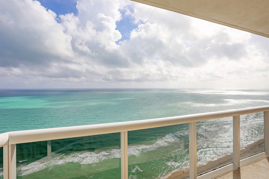 Real Estate Photography - 4779 Collins Ave, Unit 3602, Miami Beach, FL, 33140 - Ocean View