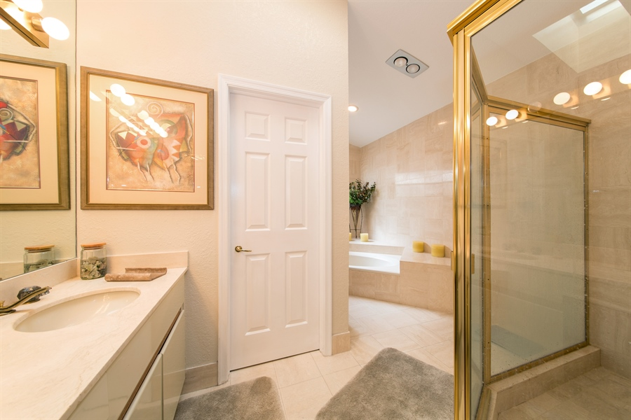 Real Estate Photography - 22640 W Esplanada Circle W, Boca Raton, FL, 33433 - Master Bathroom
