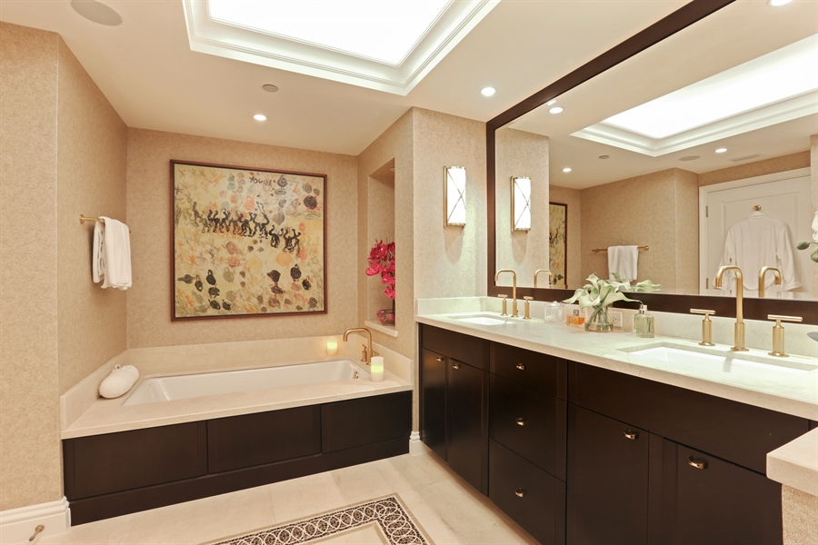 Real Estate Photography - 4779 Collins Ave, 903, Miami Beach, FL, 33140 - Master Bathroom