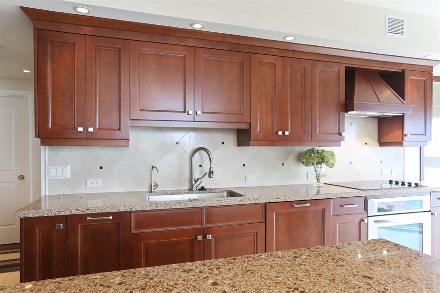Real Estate Photography - 4779 Collins Ave, 903, Miami Beach, FL, 33140 - Kitchen