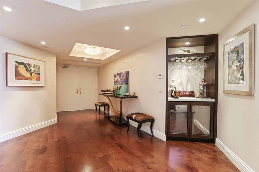 Real Estate Photography - 4779 Collins Ave, 903, Miami Beach, FL, 33140 - Foyer