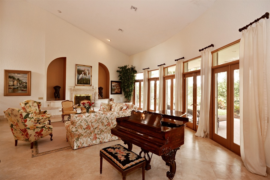 Real Estate Photography - 21133 Ormond Ct, Boca Raton, FL, 33433 - Living Room