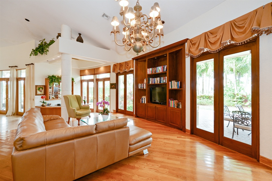 Real Estate Photography - 21133 Ormond Ct, Boca Raton, FL, 33433 - Family Room