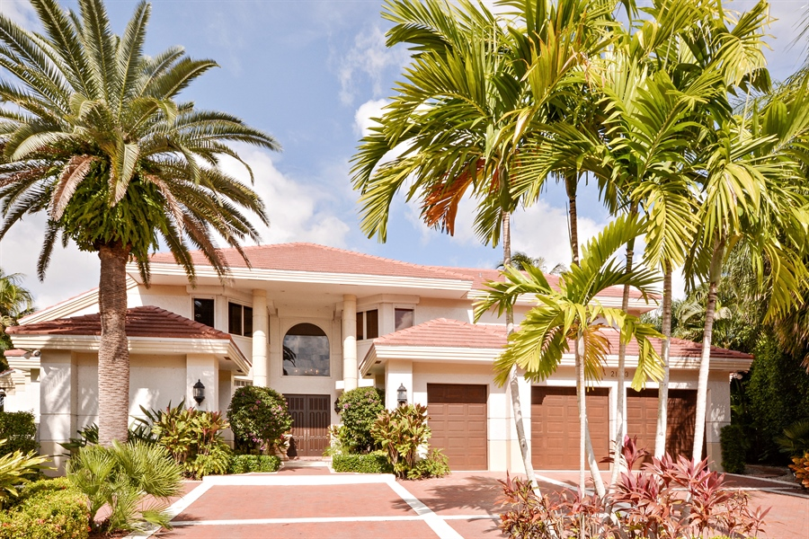 Real Estate Photography - 21133 Ormond Ct, Boca Raton, FL, 33433 - Front View