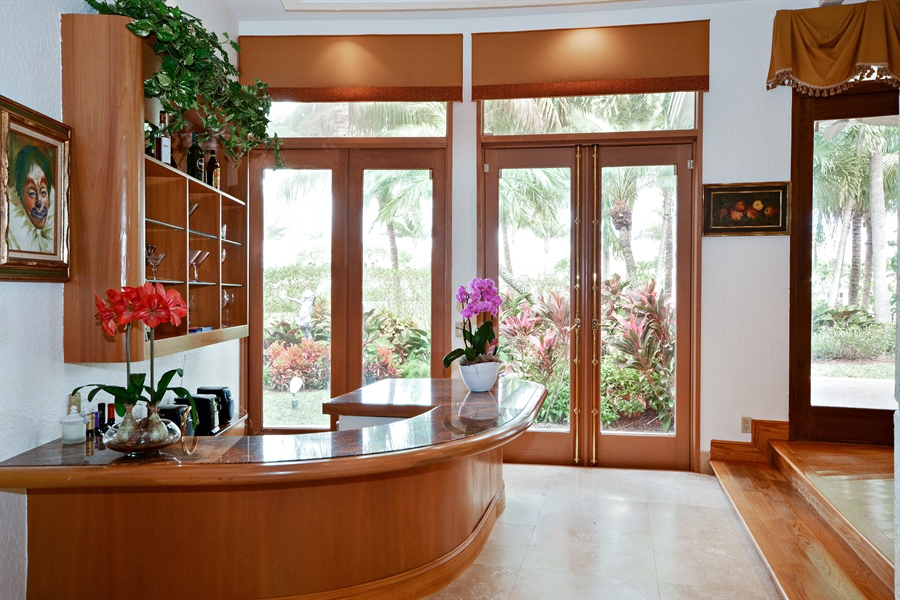 Real Estate Photography - 21133 Ormond Ct, Boca Raton, FL, 33433 - Bar
