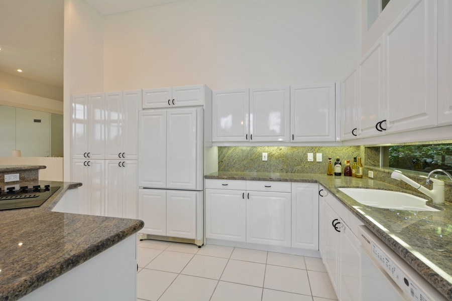 Real Estate Photography - 3024 NW 63rd St, Boca Raton, FL, 33496 - Kitchen