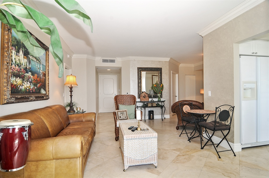 Real Estate Photography - 4775 Collins Ave, Unit 1506, Miami Beach, FL, 33140 - Great Room