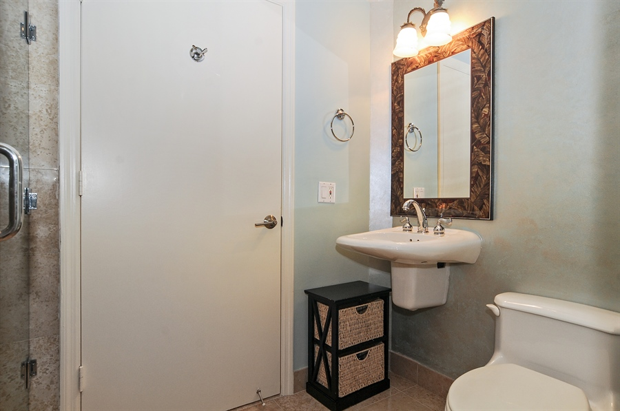 Real Estate Photography - 4775 Collins Ave, Unit 1506, Miami Beach, FL, 33140 - 2nd Bathroom