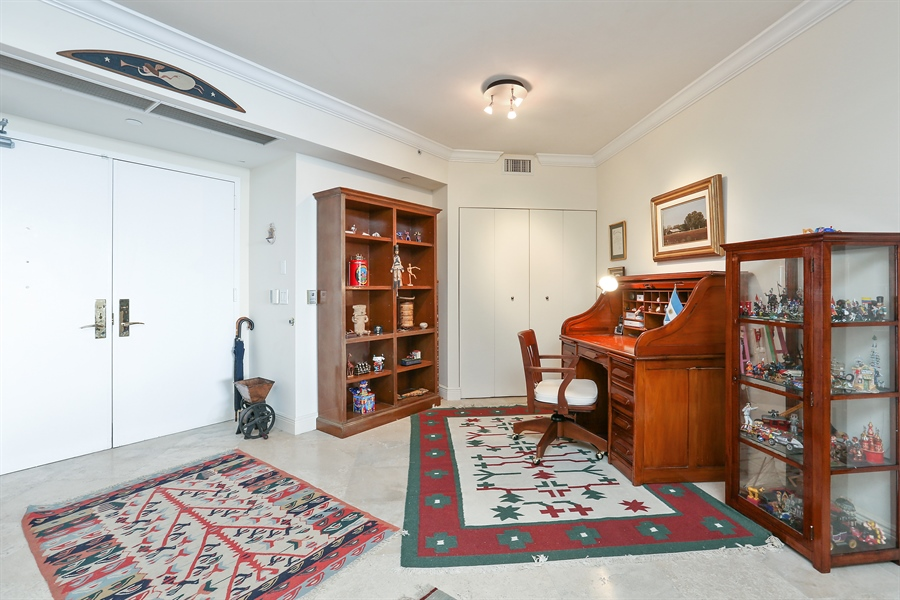 Real Estate Photography - 4779 Collins Ave, 902, Miami Beach, FL, 33140 - Office