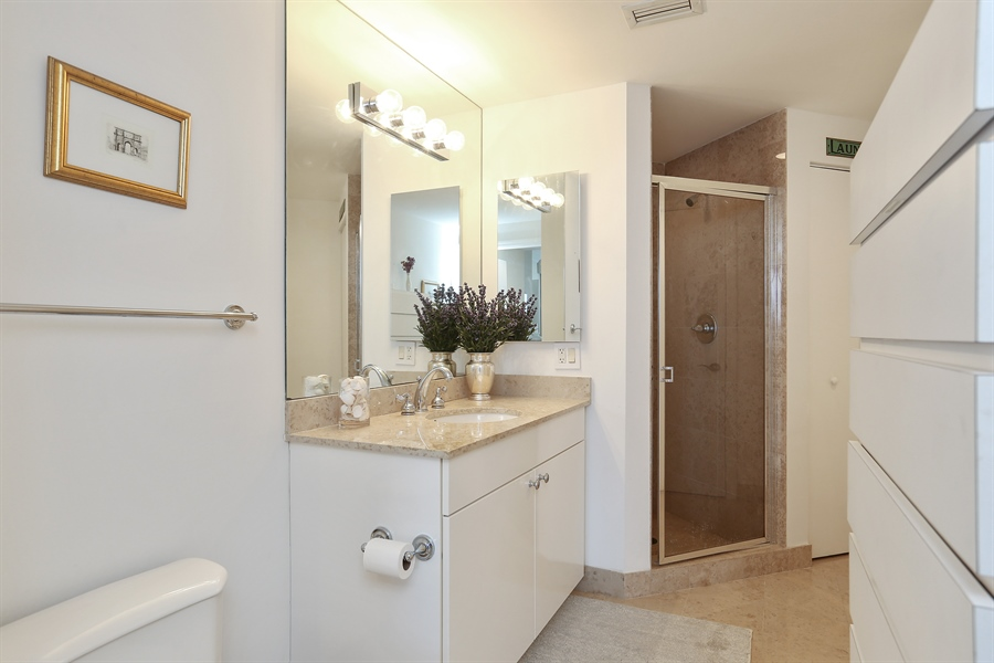 Real Estate Photography - 4779 Collins Ave, 902, Miami Beach, FL, 33140 - 2nd Bathroom