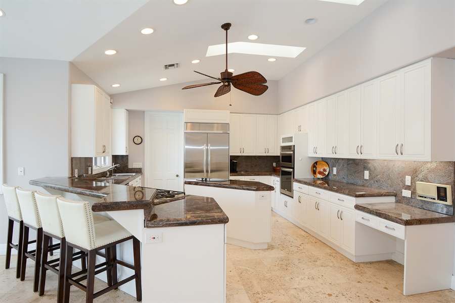 Real Estate Photography - 11 Pelican Dr, Fort Lauderdale, FL, 33301 - Kitchen