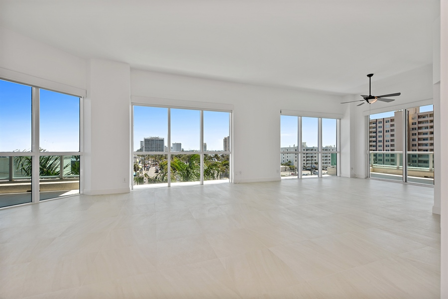 Real Estate Photography - 101 S. FORT LAUDERDALE BEACH BLVD, 607, FORT LAUDERDALE, FL, 33316 - Great Room