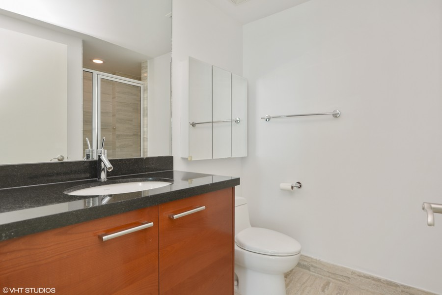 Real Estate Photography - 101 S. FORT LAUDERDALE BEACH BLVD, 607, FORT LAUDERDALE, FL, 33316 - 2nd Bathroom