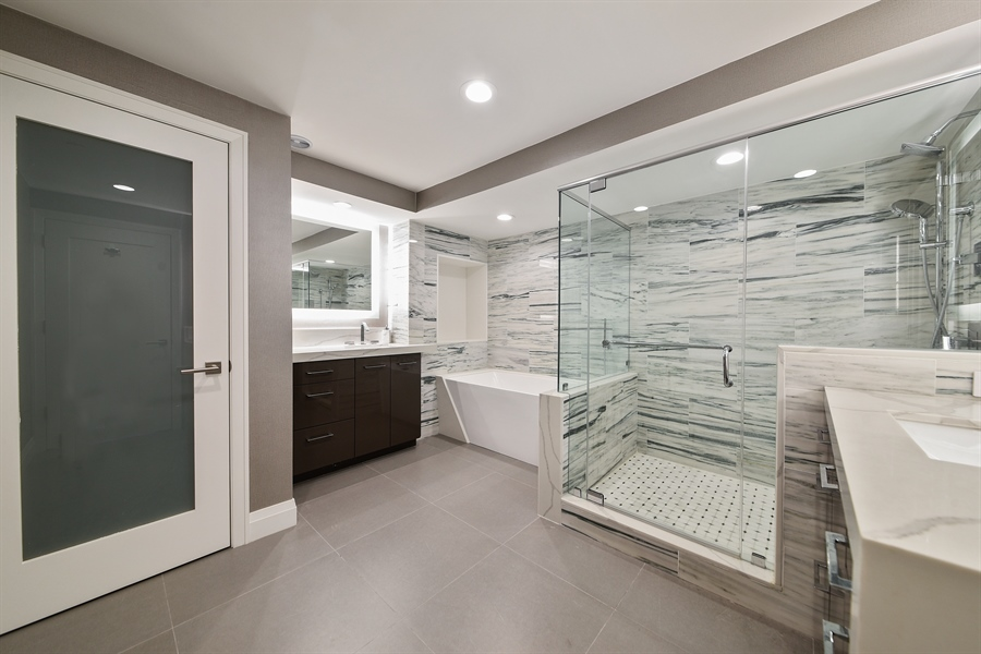 Real Estate Photography - 1500 S Ocean Blvd, Unit S104, Boca Raton, FL, 33432 - Master Bathroom