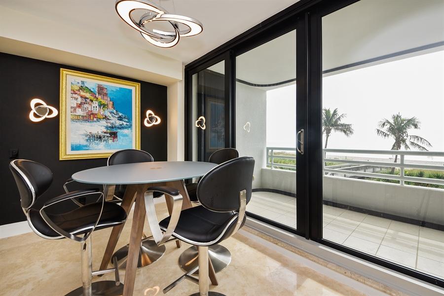 Real Estate Photography - 1500 S Ocean Blvd, Unit S104, Boca Raton, FL, 33432 - Breakfast Area