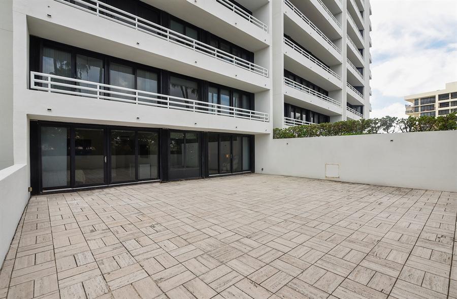 Real Estate Photography - 1500 S Ocean Blvd, Unit S104, Boca Raton, FL, 33432 - Patio