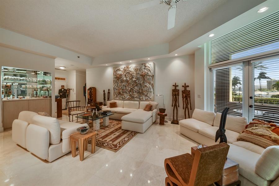 Real Estate Photography - 300 SE 5th Avenue, 1110, Boca Raton, FL, 33432 - Living Room