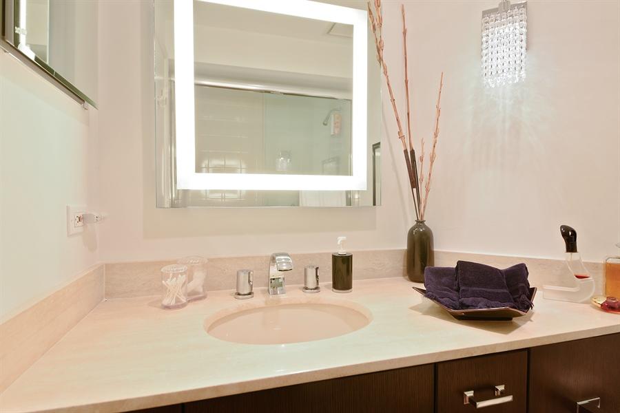 Real Estate Photography - 300 SE 5th Avenue, 1110, Boca Raton, FL, 33432 - 3rd Bathroom