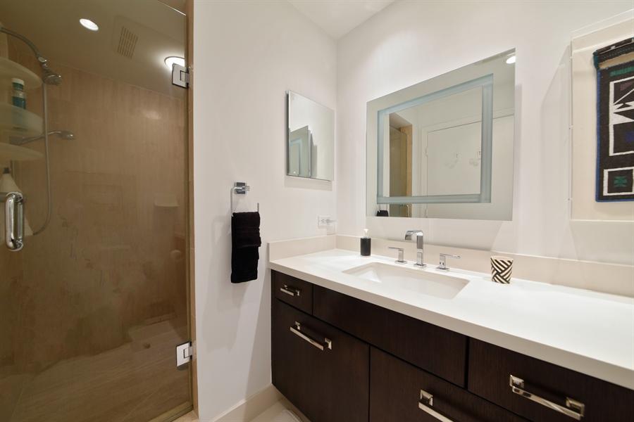 Real Estate Photography - 300 SE 5th Avenue, 1110, Boca Raton, FL, 33432 - Master Bathroom