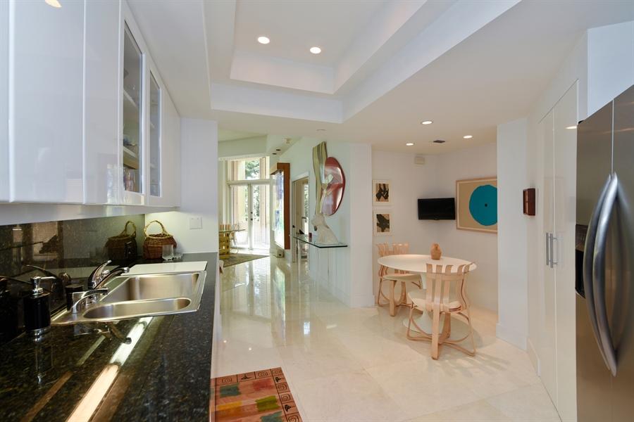 Real Estate Photography - 300 SE 5th Avenue, 1110, Boca Raton, FL, 33432 - Kitchen / Breakfast Room