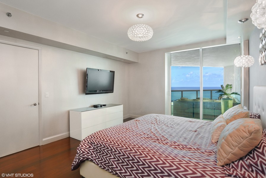 Real Estate Photography - 101 S Fort Lauderdale Beach Blvd, Unit 2002, Fort Lauderdale, FL, 33316 - Master Bedroom