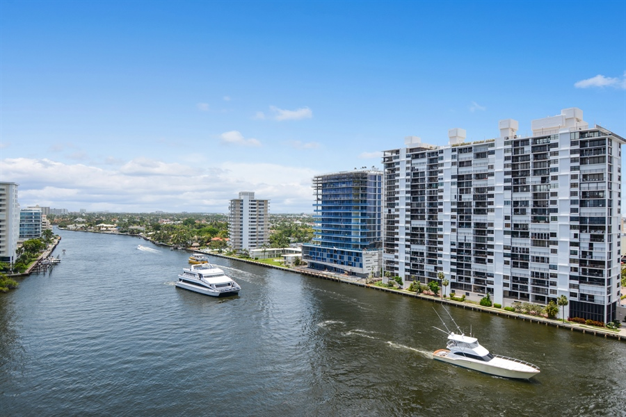 Real Estate Photography - 2845 NE 9th St, unit 1104, Fort Lauderdale, FL, 33304 - Intracoastal View