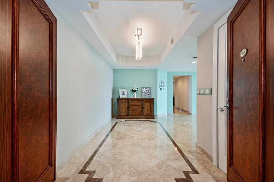 Real Estate Photography - 2845 NE 9th St, unit 1104, Fort Lauderdale, FL, 33304 - Foyer