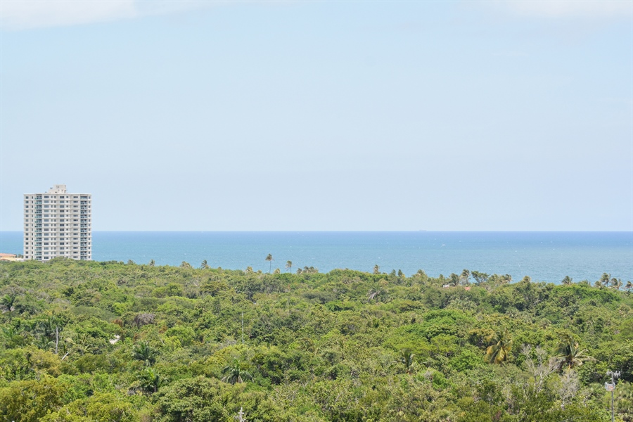Real Estate Photography - 2845 NE 9th St, unit 1104, Fort Lauderdale, FL, 33304 - Ocean view from terraces