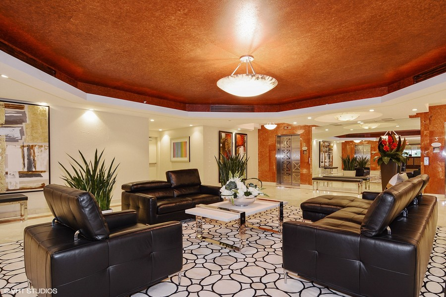 Real Estate Photography - 2845 NE 9th St, unit 1104, Fort Lauderdale, FL, 33304 - Lobby