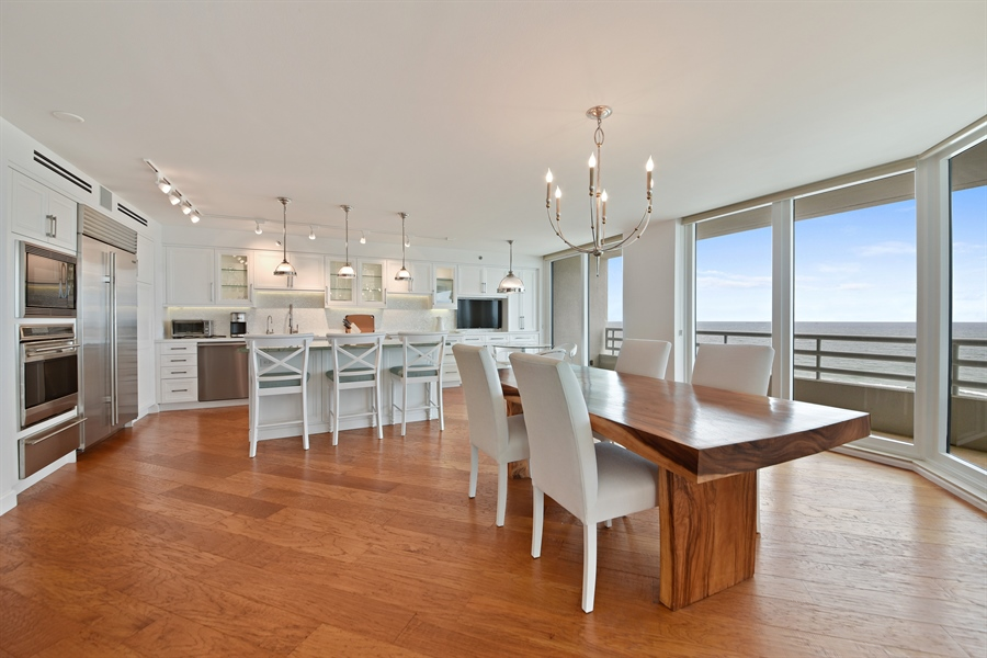 Real Estate Photography - 1400 S Ocean Blvd, N1106, Boca Raton, FL, 33432 - Kitchen / Dining Room