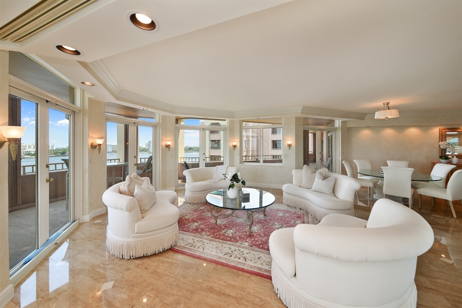 Real Estate Photography - 300 SE 5th Avenue, 7010, Boca Raton, FL, 33432 - Living Room/Dining Room