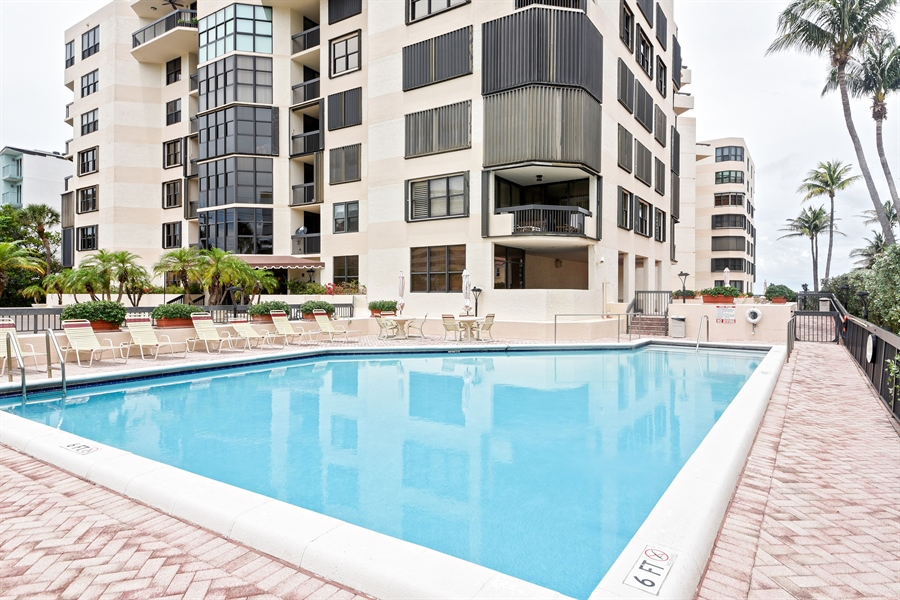 Real Estate Photography - 1155 Hillsboro Mile, 107, Hillsboro Beach, FL, 33062 - Pool